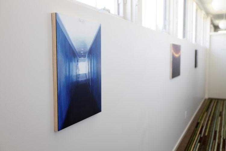 09-Patti-Oleon-hallway